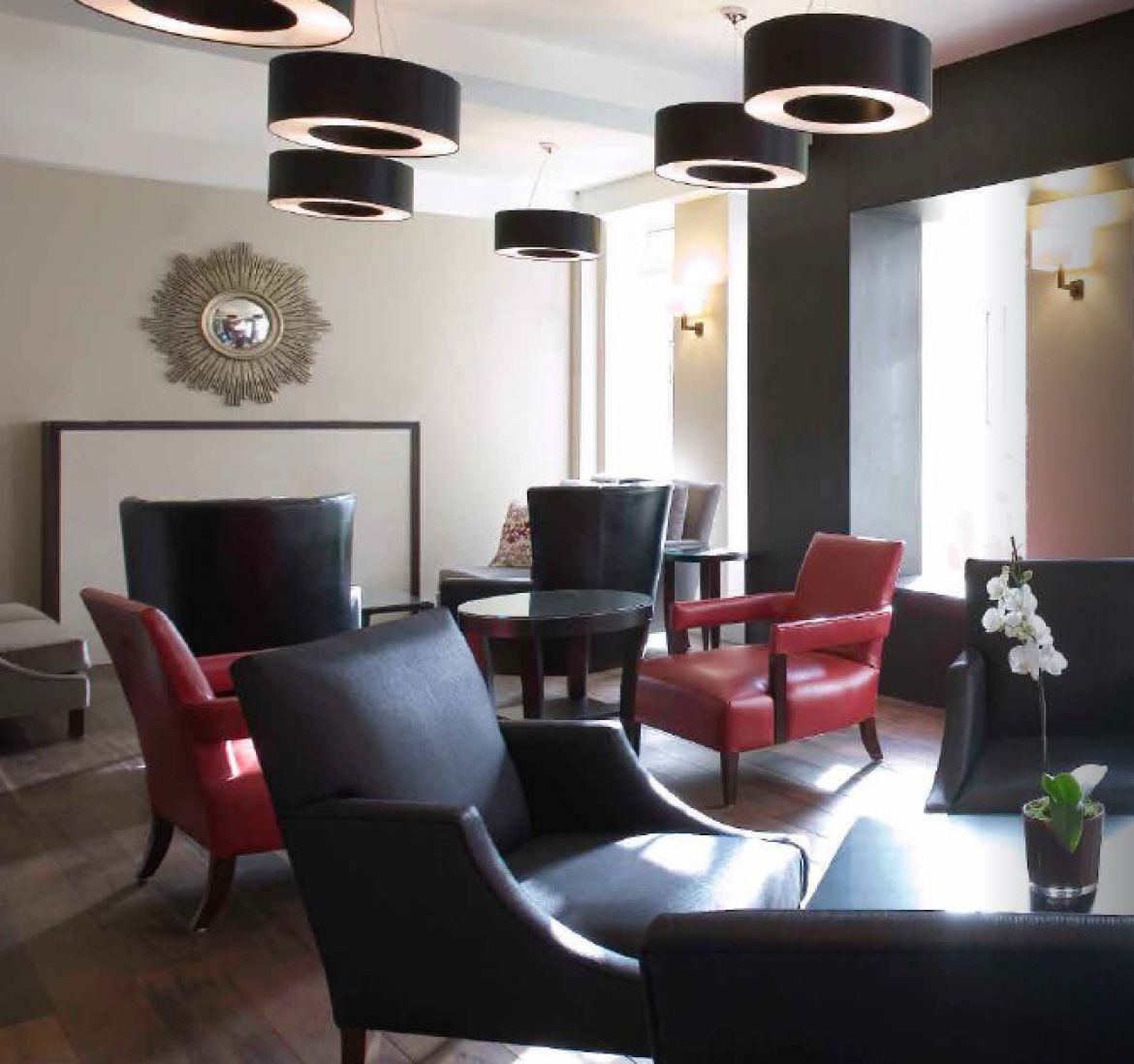 Serviced-Apartments-Westminster-|-Accommodation-Near-Buckingham-Palace-|-Pool,-Spa,-Gym,-Sauna,-24h-Reception-|Award-Winning-&-Quality-Accredited-|-BOOK-NOW