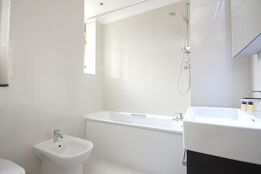 Luxury-Accommodation-Bayswater-London-Fountain-House-Serviced-Apartments-Near-Hyde-Park,-Kensington,-Paddington-Urban-Stay-10