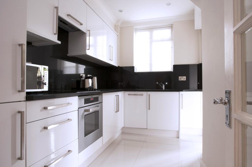 Luxury-Accommodation-Bayswater-London-Fountain-House-Serviced-Apartments-Near-Hyde-Park,-Kensington,-Paddington-Urban-Stay-8