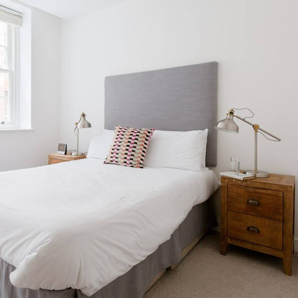 England Apartments: Serviced Apartments Monument