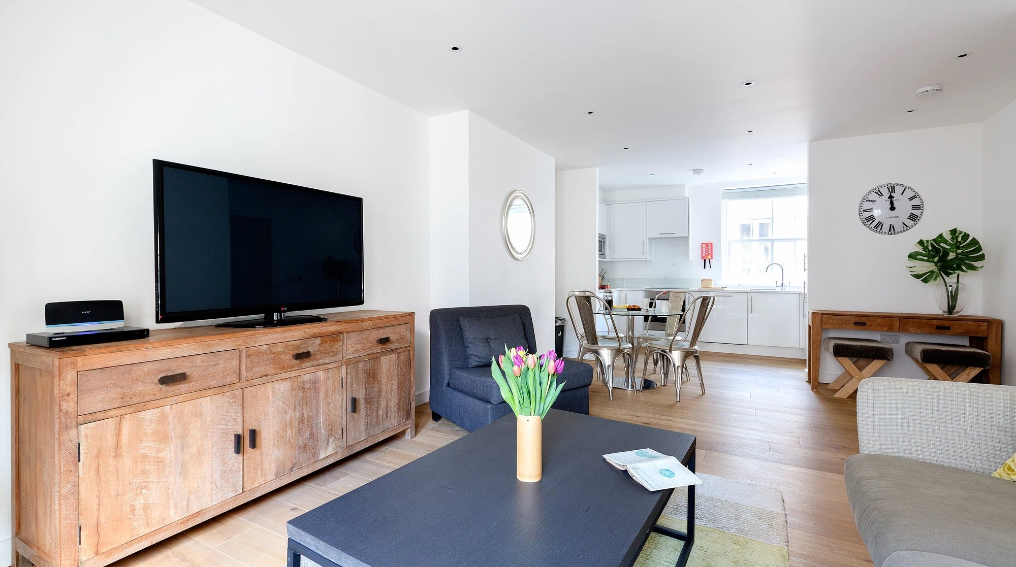 Luxury-Monument-Serviced-Apartments-City-Of-London-Corporate-Accommodation-London-Urban-Stay-9