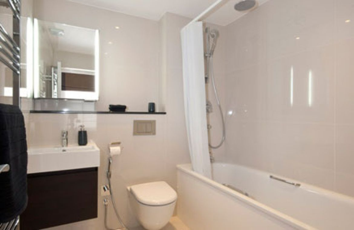 Manson Place Short Stay Apartments South Kensington - Serviced Accommodation London - bathroom 3