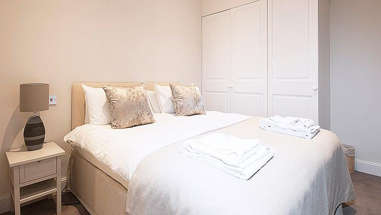 Manson Place Short Stay Apartments South Kensington - Serviced Accommodation London - bedroom 5