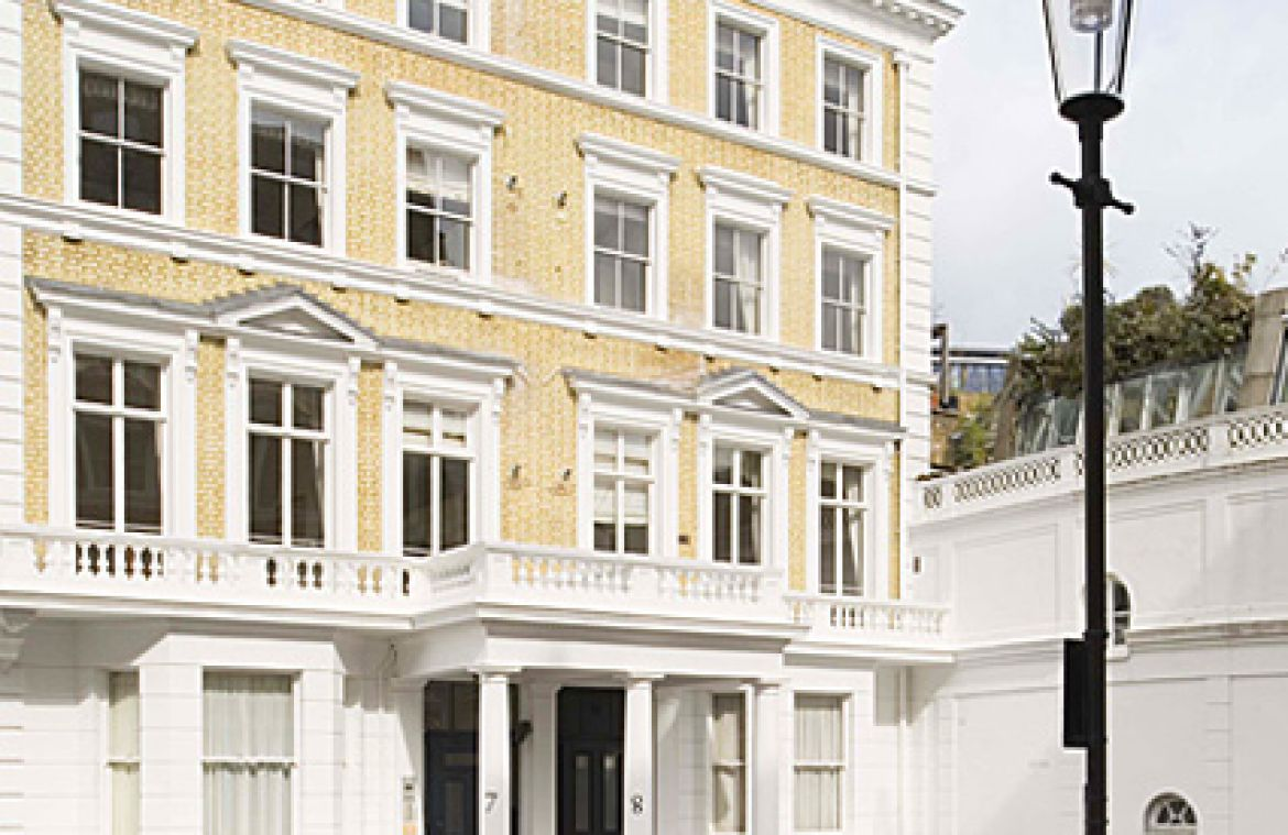 Manson-Place-Short-Stay-Apartments-South-Kensington---Serviced-Accommodation-London---building-exterior