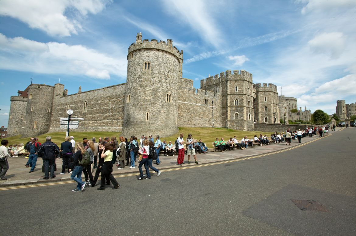 Pavilions-Windsor-serviced-apartments-UK---Urban-Stay-corporate-accommodation---Windsor-castle