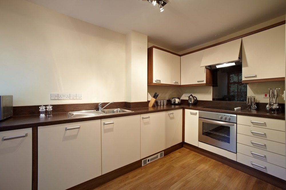 Serviced-Apartments-Bournemouth---Kitchen-in-Exchange-Buildings-Apartments---Urban-Stay