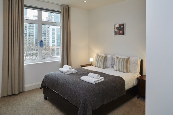 Vauxhall-Serviced-Apartments-South-London-Urban-Stay---Bright-Bedroom