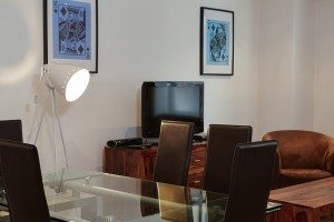 Vauxhall Serviced Apartments South London Urban Stay - Dining Area
