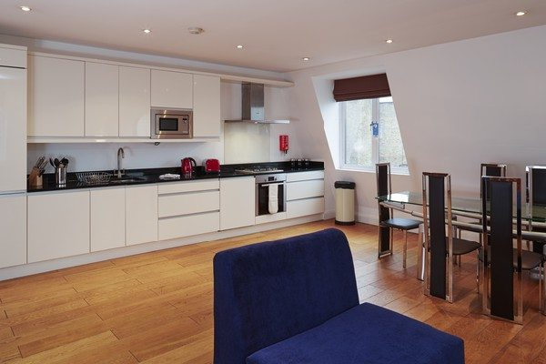 Vauxhall-Serviced-Apartments-South-London-Urban-Stay---Big-Kitchen