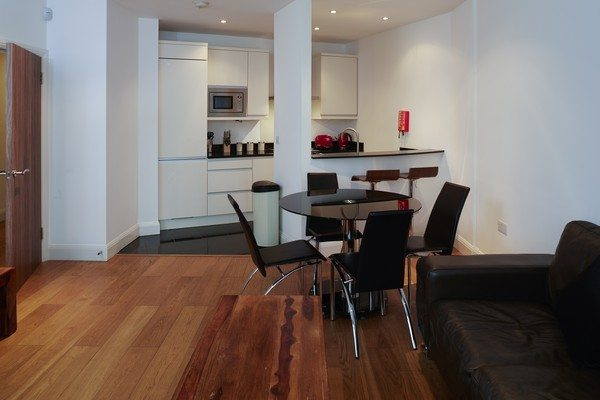 Vauxhall-Serviced-Apartments-South-London-Urban-Stay---Open-Plan-Kitchen