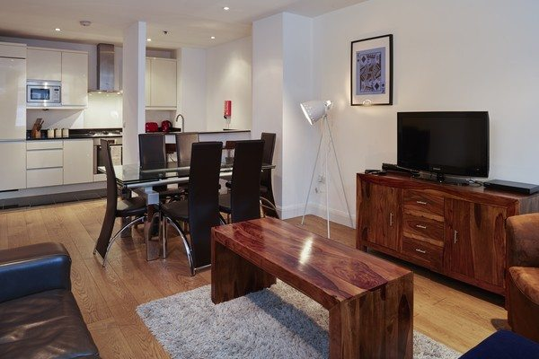 Vauxhall-Serviced-Apartments-South-London-Urban-Stay---Living-Room