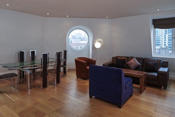 Vauxhall-Serviced-Apartments-South-London-Urban-Stay---Stylish-Living-Room