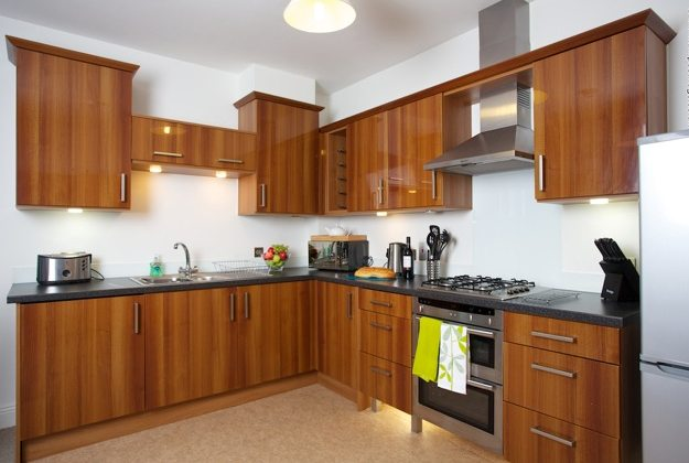 Yeovil-Serviced-Apartments-UK-kitchen---Urban-Stay-corporate-accommodation