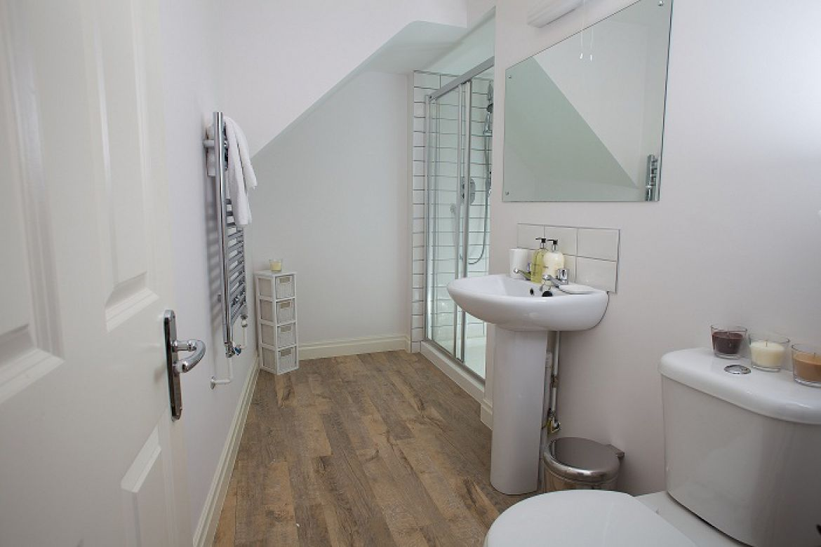 West-Street-Mews-Serviced-Apartments-Exeter,-UK-|-Urban-Stay