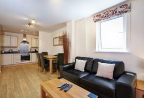 Looking for Corporate Accommodation in Slough? Ibex House Serviced Apartments are near Slough's business district and the M4, M25! Low Rates - Great Service | Urban Stay