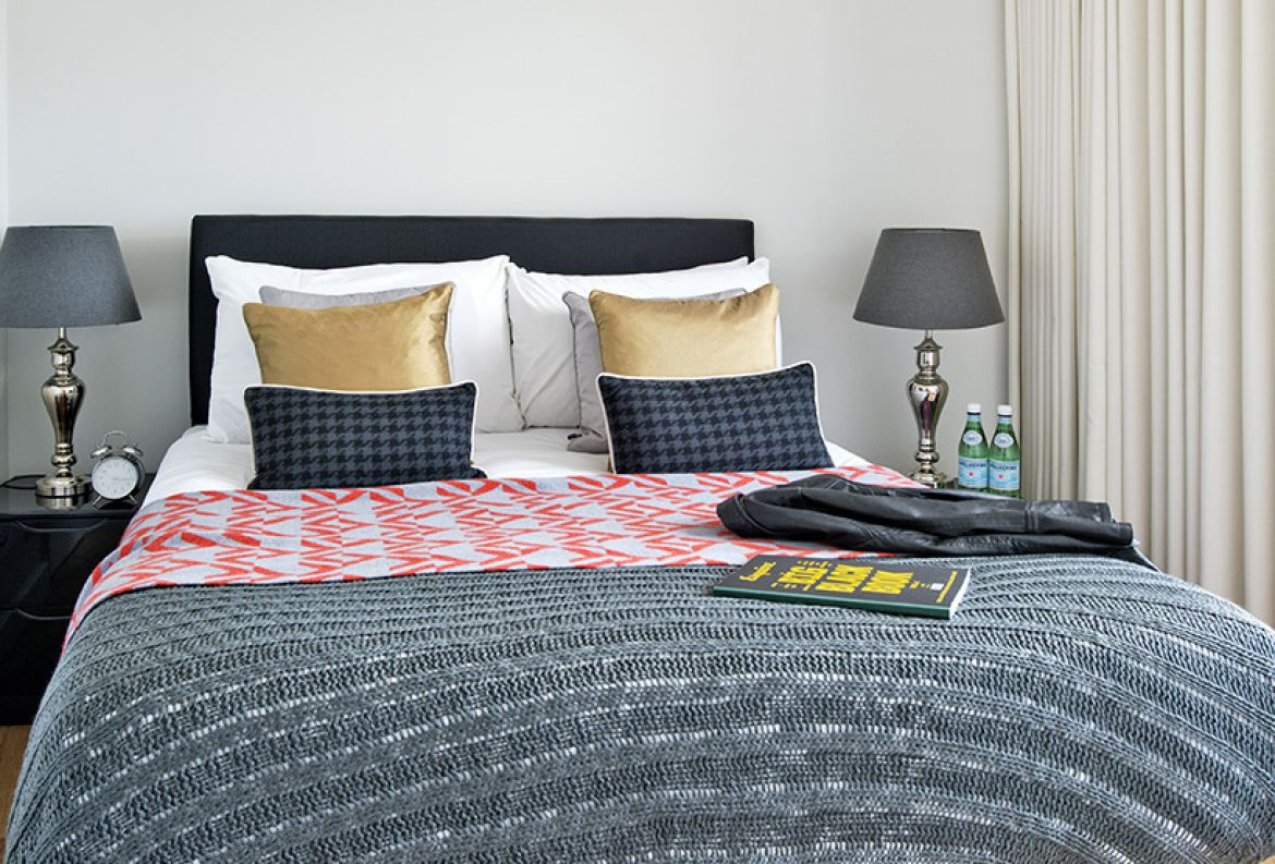 Serviced-Accommodation-Central-London,-Fortizovia-available-now!-Book-Cheap-Serviced-Accommodation-Fritzovia-with-Free-Wi-Fi,-Fully-Equipped-Kitchen-&-Lift.