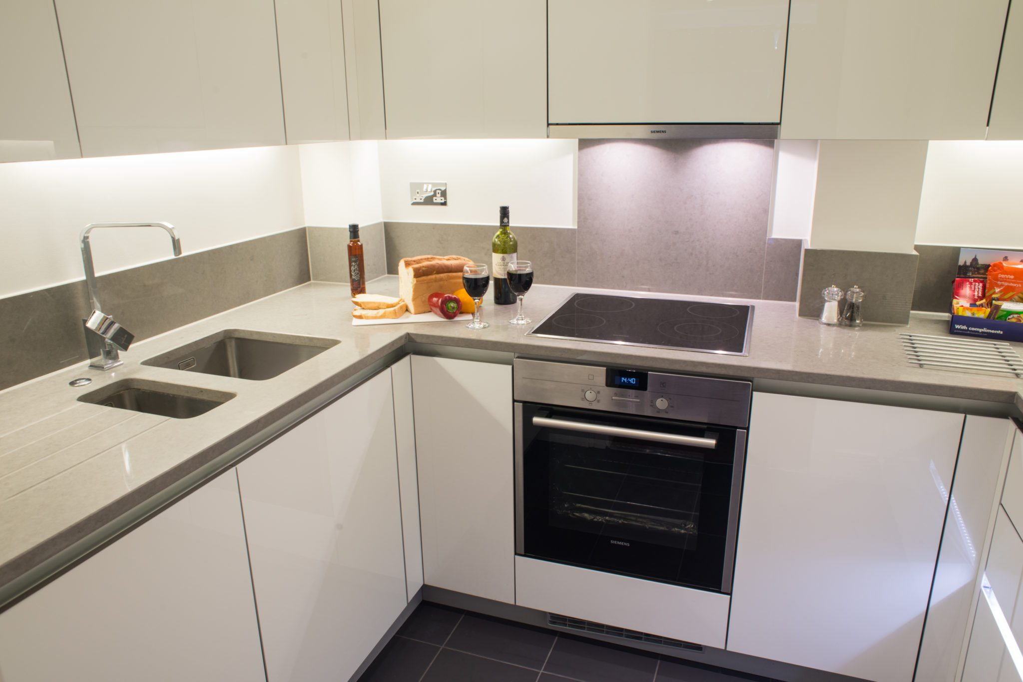 Serviced-Apartments-Ealing- -Corporate-Accommodation-West-London- -Short-Lets- -Corporate-Housing- -Relocation- -Award-Winning-&-Quality-Accredited-BOOK-NOW---Urban-Stay