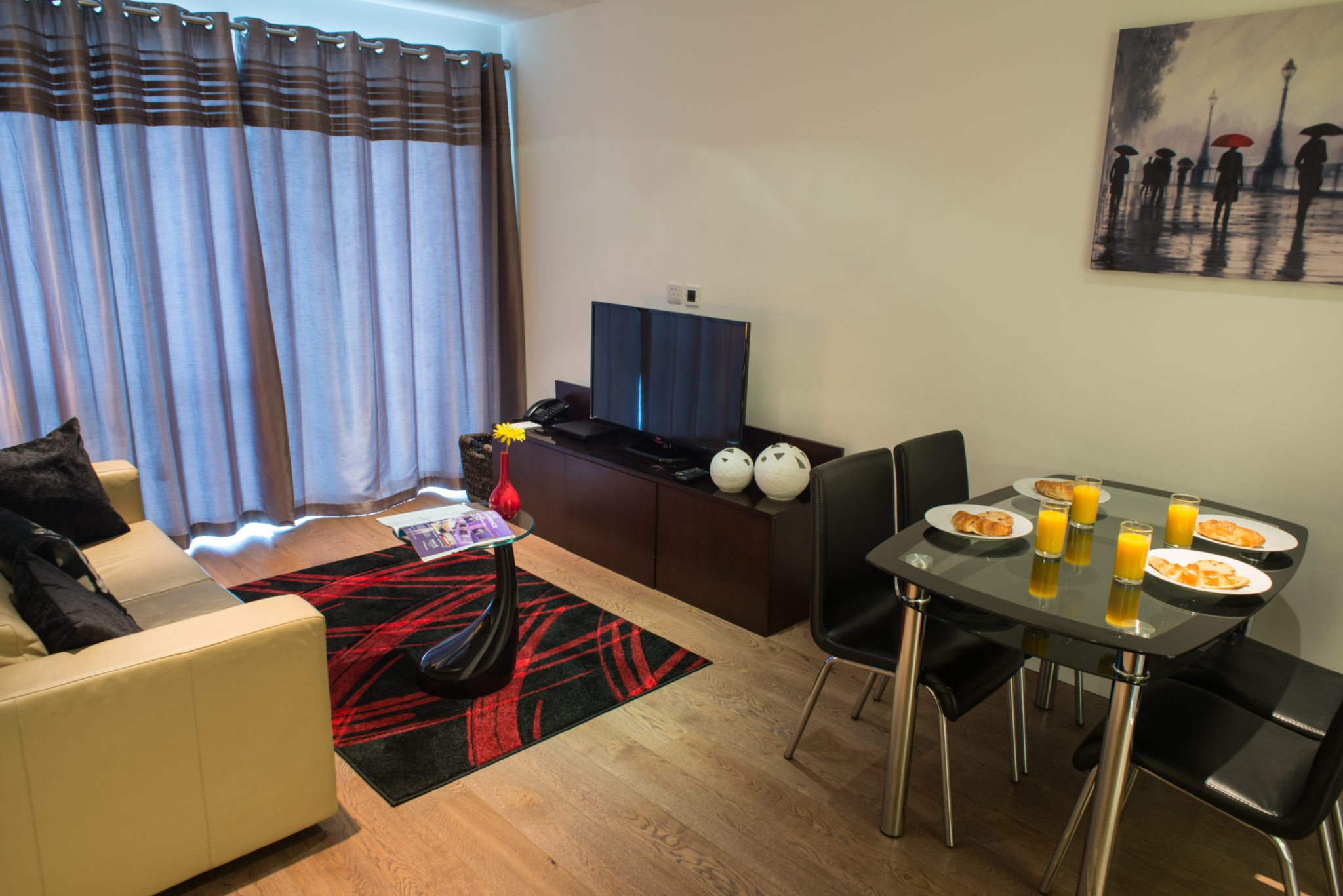 Dickens Yard Serviced Apartments, Ealing - London