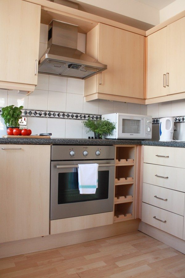 Liverpool Street Serviced Apartments London - Astral House Modern Kitchen | Urban Stay