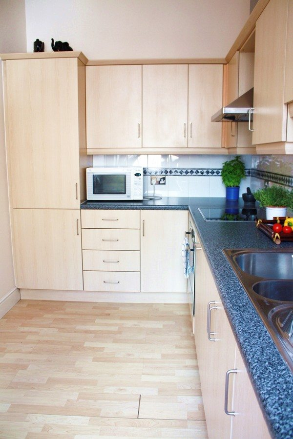 Liverpool Street Serviced Apartments London - Astral House Spacious Kitchen | Urban Stay