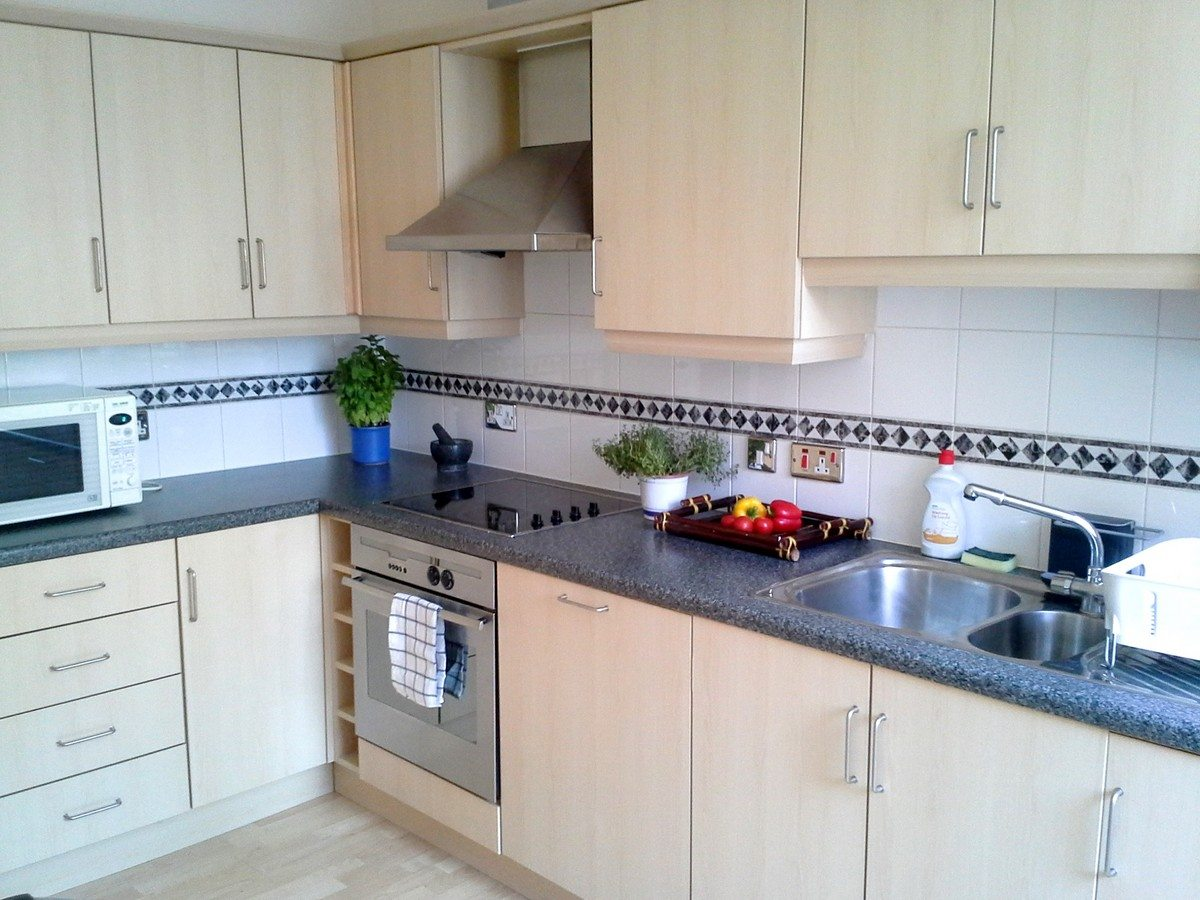 Kitchen of Astral House Serviced Apartments Liverpool Street - Corporate Accommodation in the City of London9