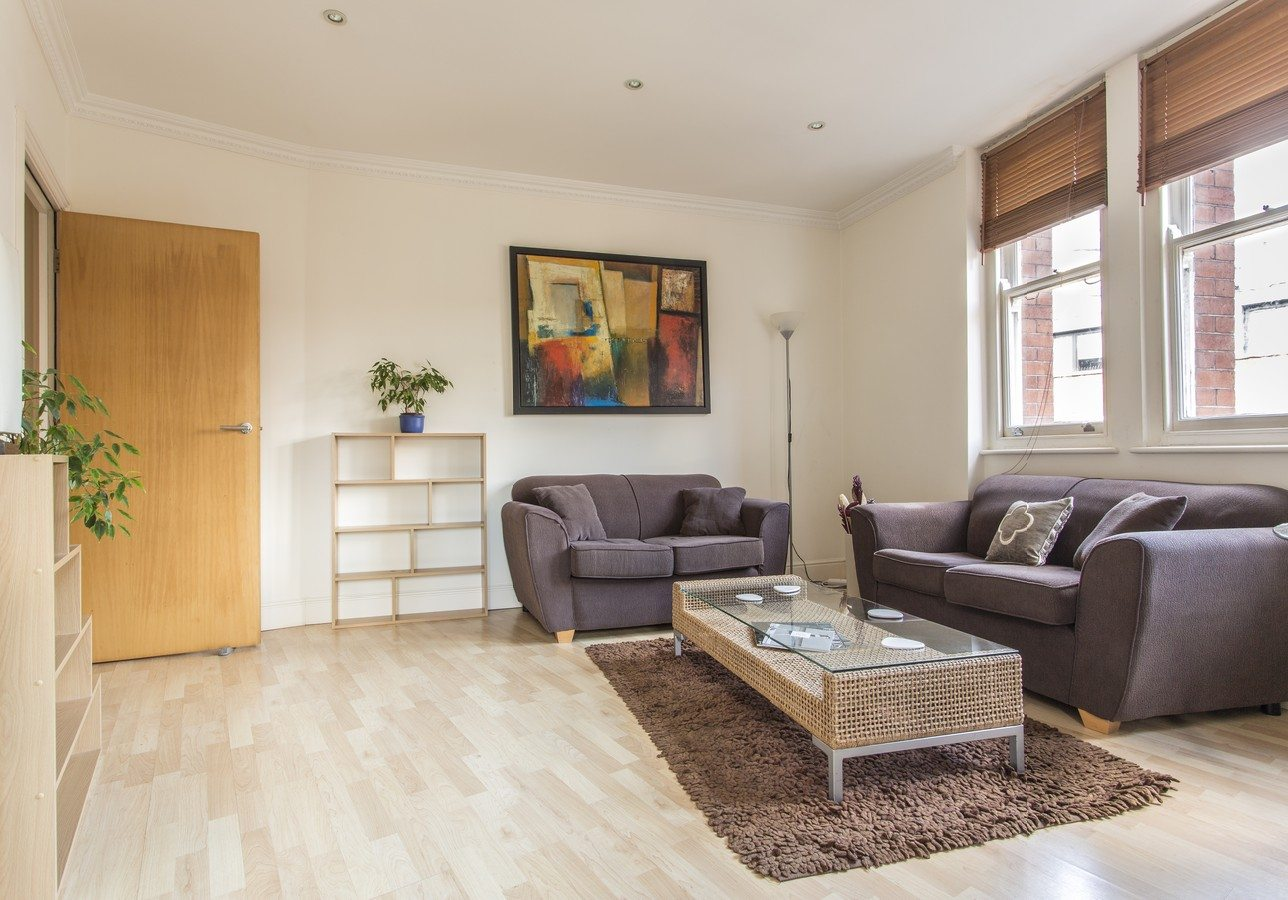 Liverpool Street Serviced Apartments London - Astral House Living Room | Urban Stay