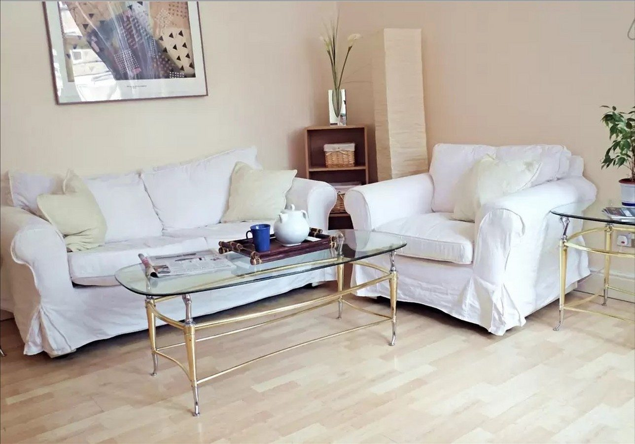 Liverpool-Street-Serviced-Apartments-London---Astral-House-Living-Area-|-Urban-Stay