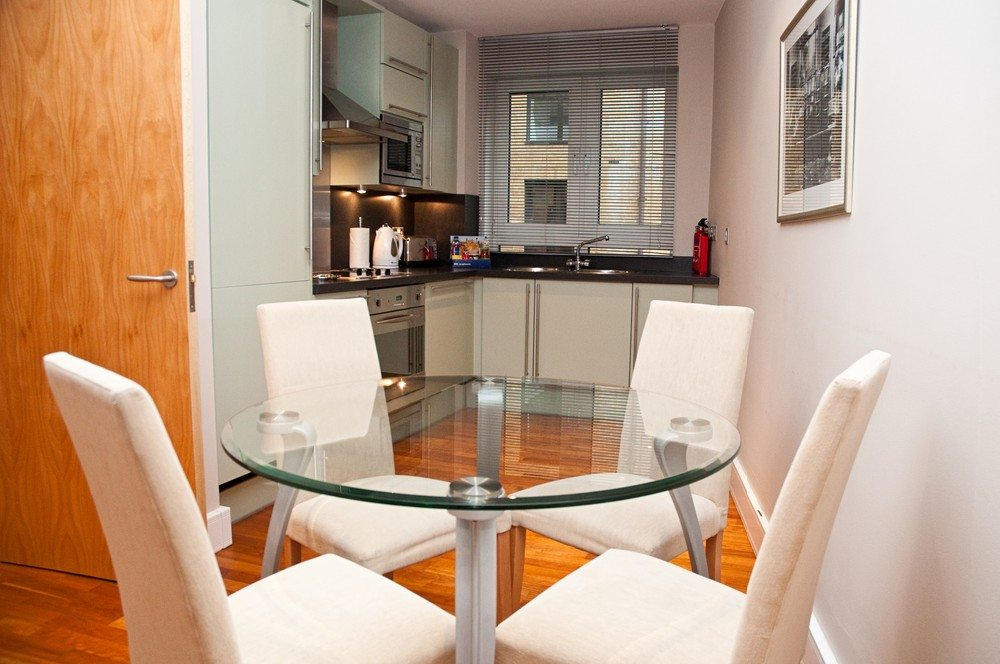 Pepys Serviced Apartments Tower Hill - The City of London -Dining Area