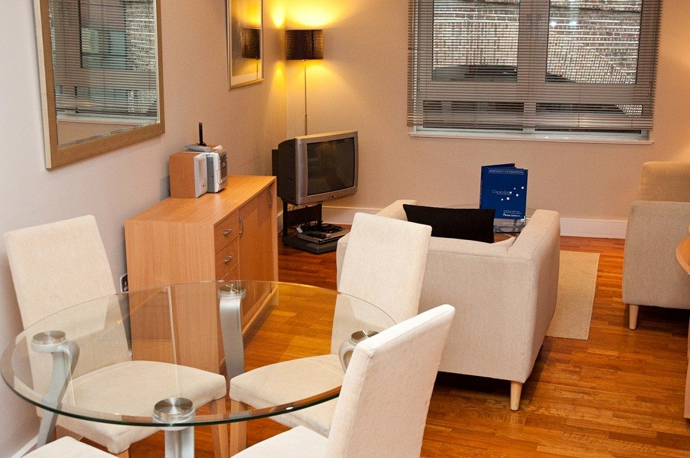 Pepys Serviced Apartments Tower Hill - The City of London -Living Room