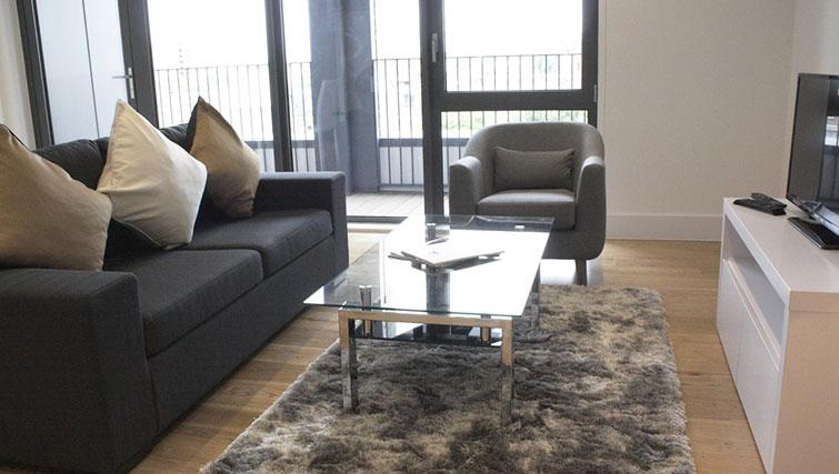 Portobello-Road-Serviced-Apartments-Notting-Hill-London---Living-Room