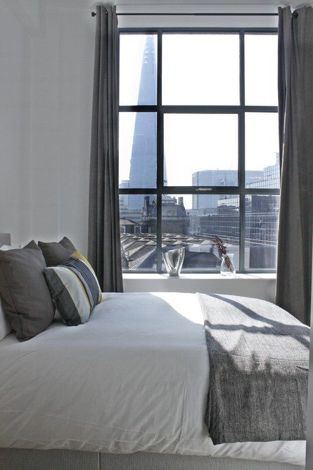 Shard-View-Apartments-Monument---The-City-of-London---Luxurious-Bedroom