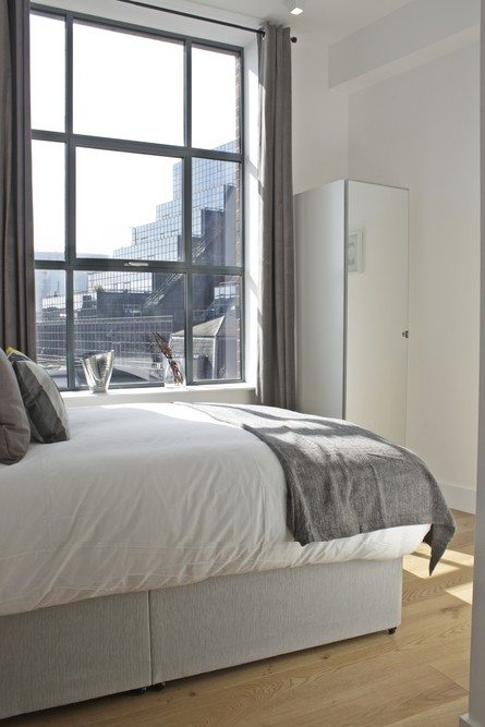 Shard-View-Apartments-Monument---The-City-of-London---Double-Bedroom