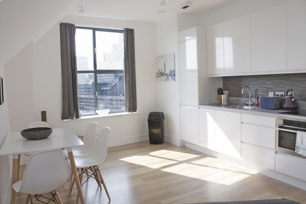 Shard-View-Apartments-Monument---The-City-of-London---penthouse-kitchen
