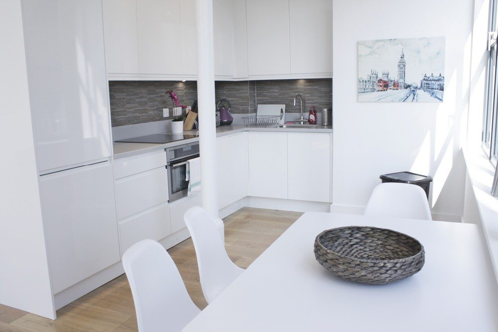 Shard-View-Apartments-Monument---The-City-of-London---two-bedroom-kitchen