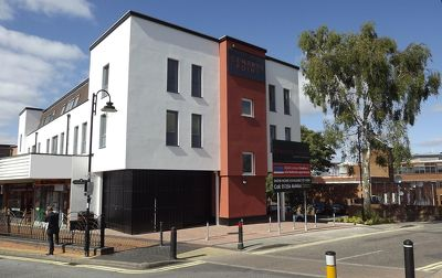 Central-Point-Corporate-Accommodation-Basingstoke-UK-Building-Exterior