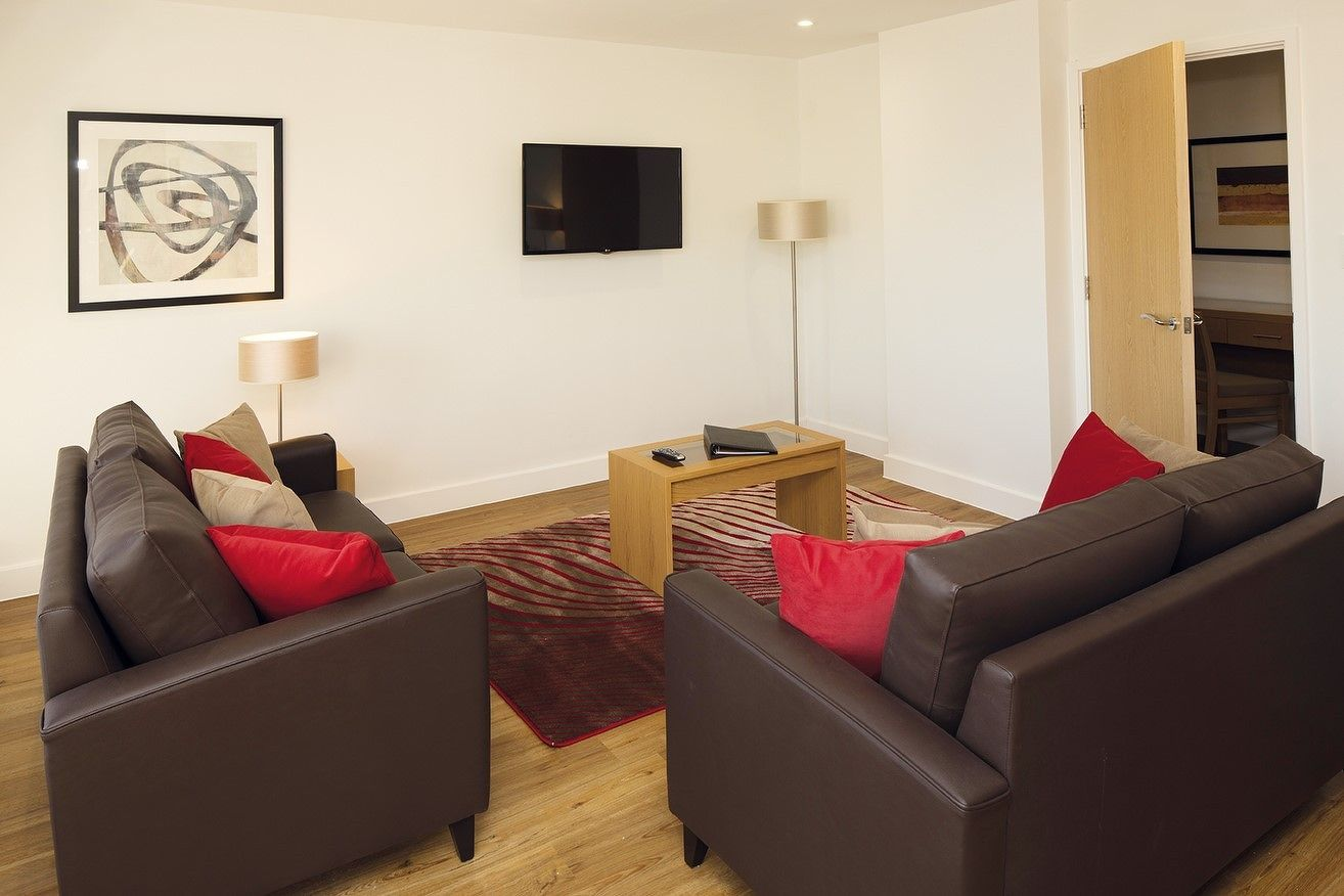 Central-Reading-Apartments---serviced-corporate-accommodation---modern-city-living-|-Urban-Stay