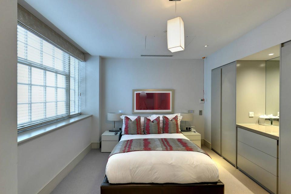 Marylebone Serviced Apartments Central London king size bed Urban Stay