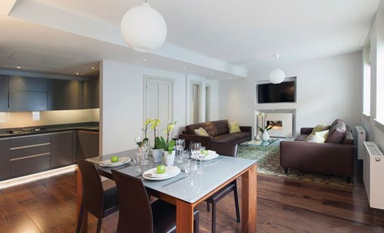 Marylebone-Serviced-Apartments-Central-London---open-plan-living-and-dining-room-Urban-Stay