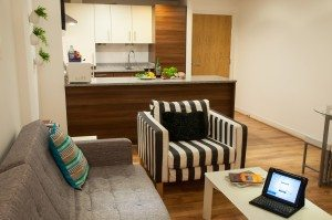 Serviced Accommodation Liverpool Street - Steward Street Apartments Modern Kitchen