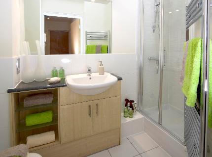 Serviced-Accommodation-Maidenhead-UK---stylish-bathroom
