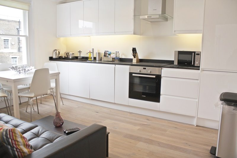 Cambridge Gardens Serviced Accommodation Notting Hill London - Urban Stay - kitchen