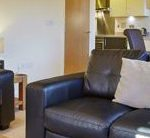 Hillcrest Court Serviced Apartments Guildford - Urban Stay corporate accommodation UK