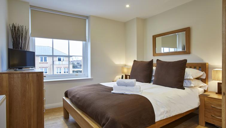 Pembroke-House-Serviced-Apartments-Southampton-UK---Urban-Stay---bedroom