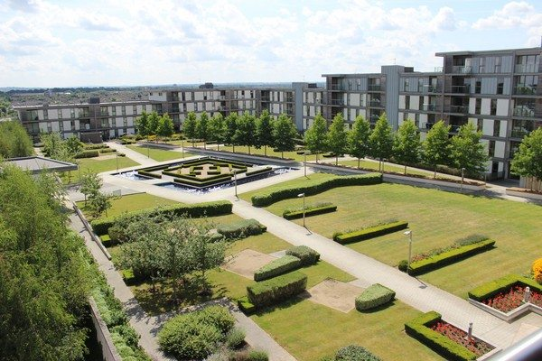 Vizion-Short-Stay-Apartments-Milton-Keynes-UK---Urban-Stay-corporate-accommodation---garden