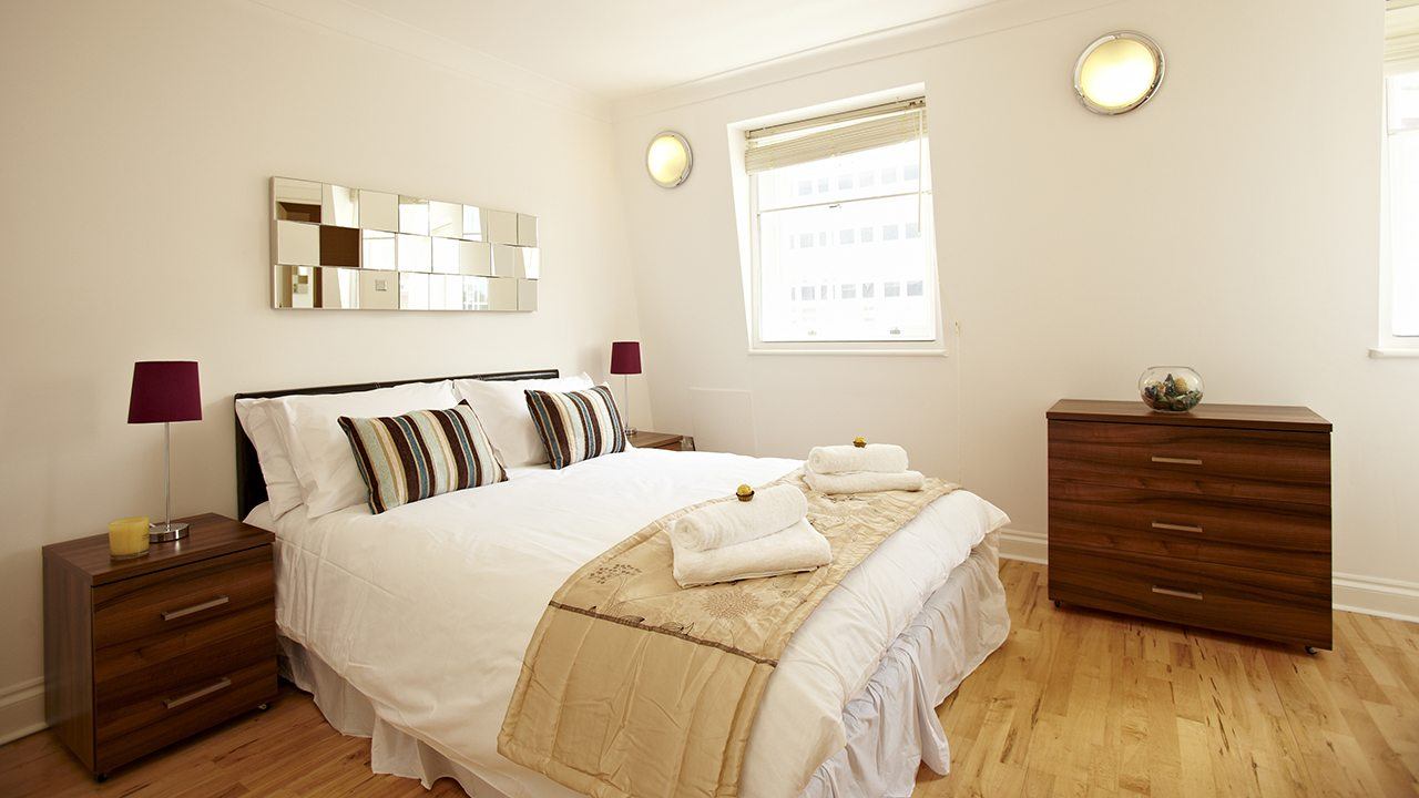 London-Victoria-Apartments-Westminster---Urban-Stay-Corporate-Accommodation---bedroom-2