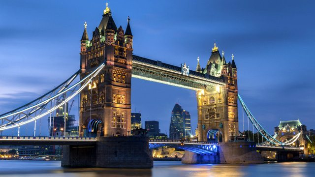 Top 10 Interesting Facts About London - Tower Bridge Walkway Home to Prostitutes