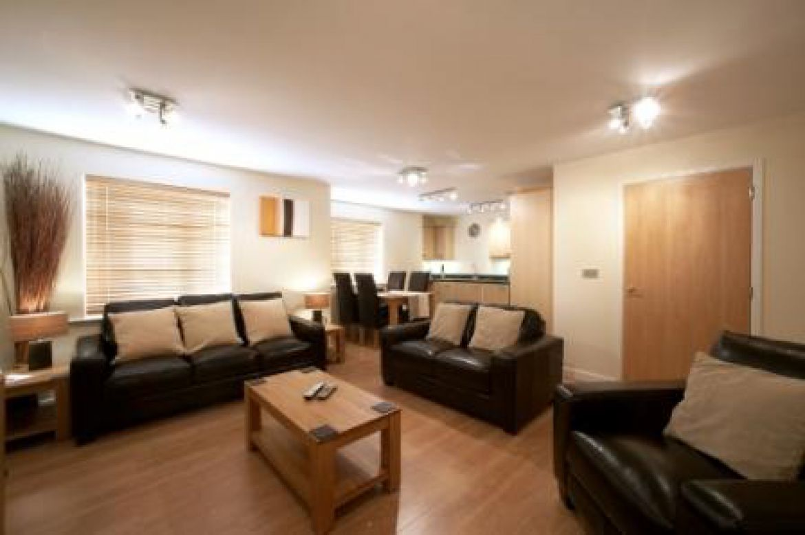 Serviced Apartments Swindon - Short Stay Accommodation Swindon UK - Urban Stay 3