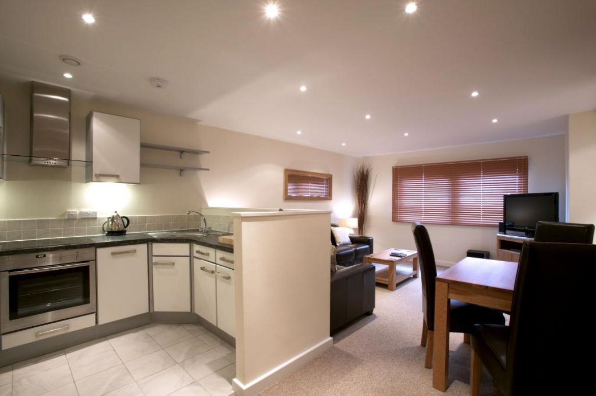 Serviced Apartments Swindon - Short Stay Accommodation Swindon UK - Urban Stay