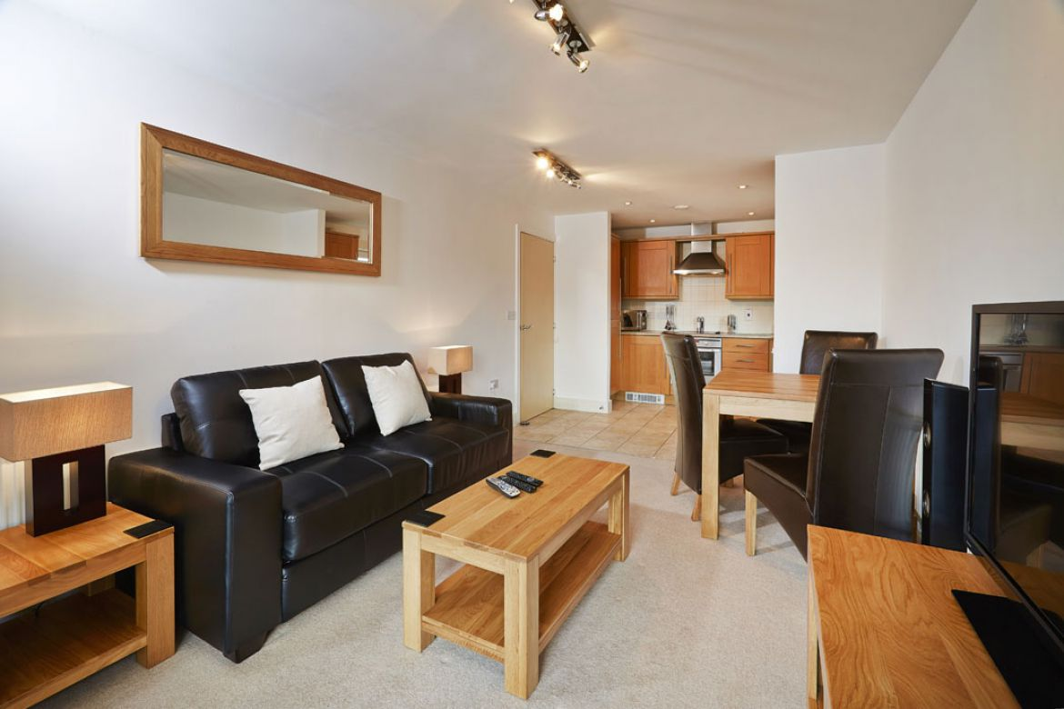 Serviced Apartments Windsor - Short Let Accommodation Windsor, UK - Urban Stay 2