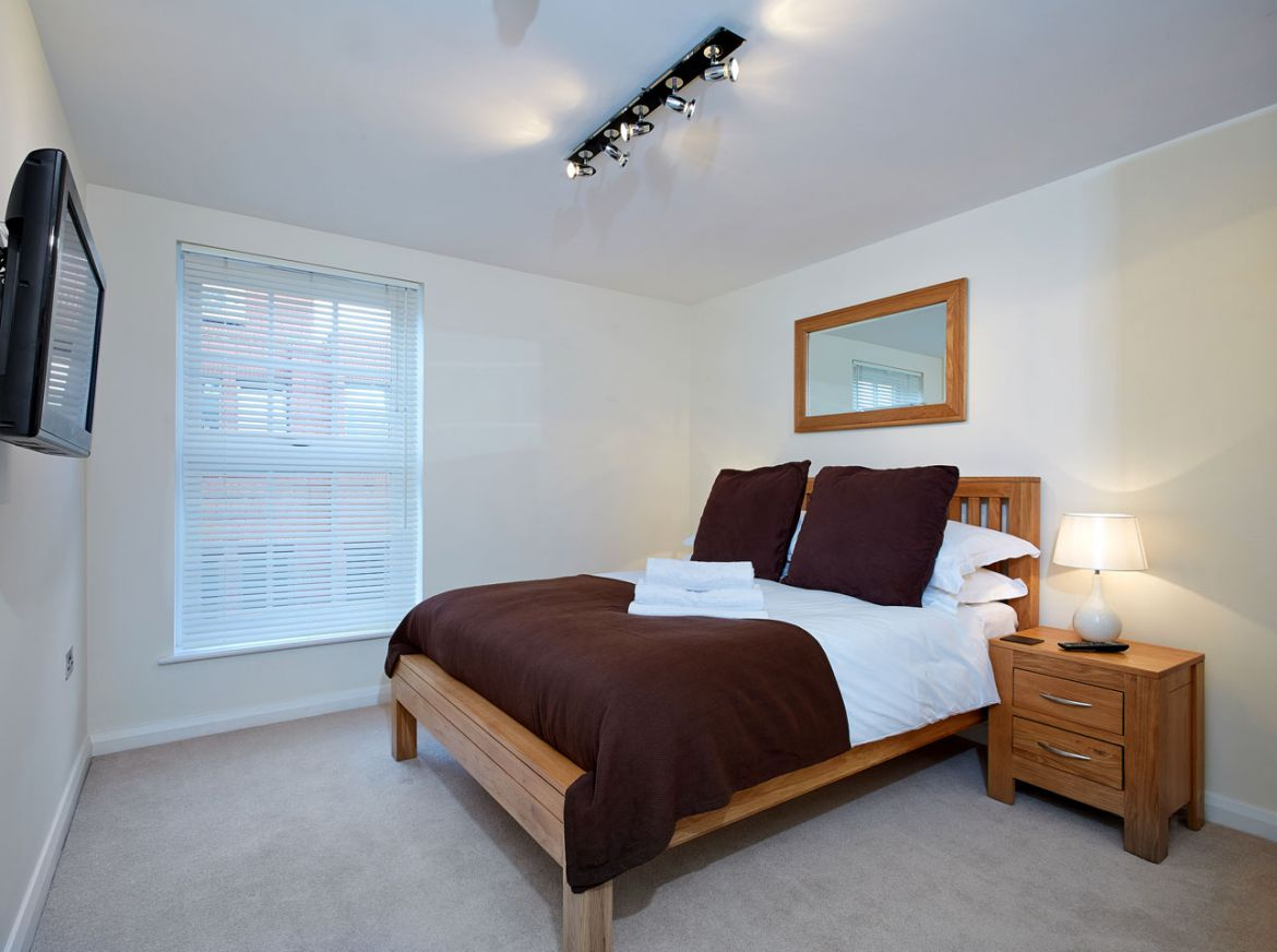 Serviced Apartments Windsor - Short Let Accommodation Windsor, UK - Urban Stay
